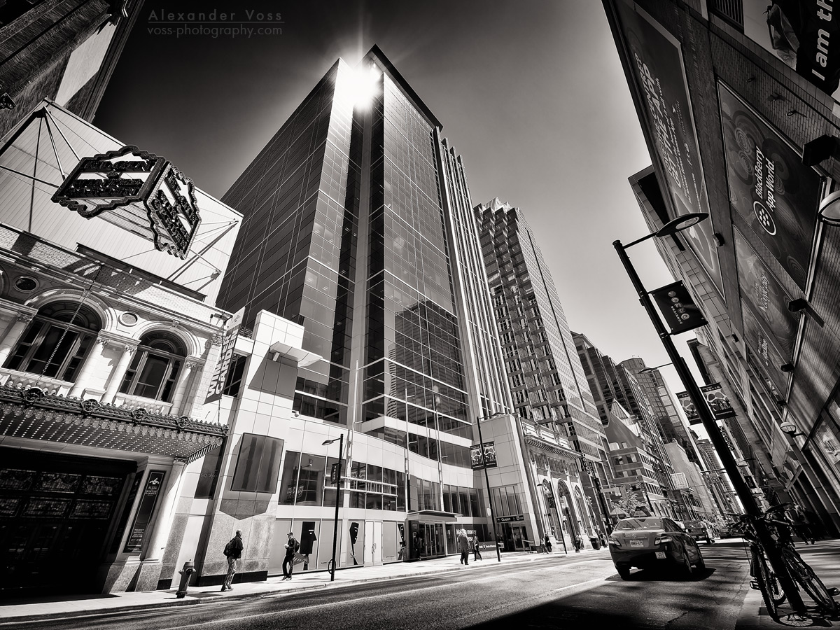 Black and White Photography: Toronto – Yonge Street