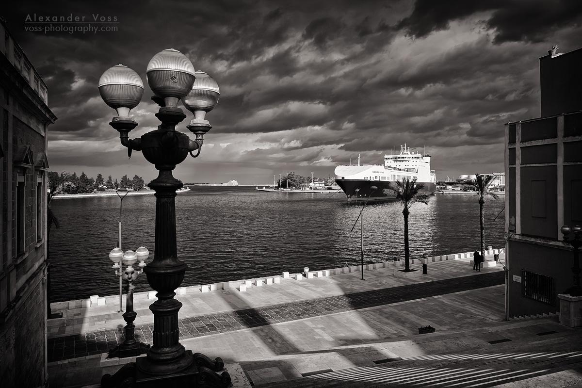 Black and White Photography: Brindisi – Scalinata Virgilio